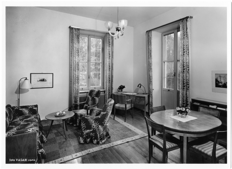 CC SI i Rom Moblerat rum med soffaARKM.1984-102-1350