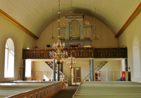 3-dadesjo-choirloft-with-organ-photo-fr-bernt