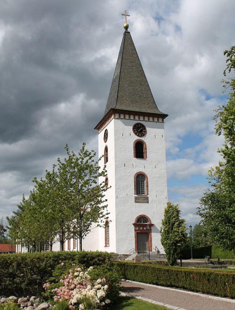 hemmesjo%cc%88_nya_kyrka-from-wikopedia