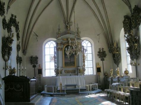 11.Björklinge kyrka nr Uppsala rug Britta Rendahl photo Barbro thörn via kyrkokartan.se