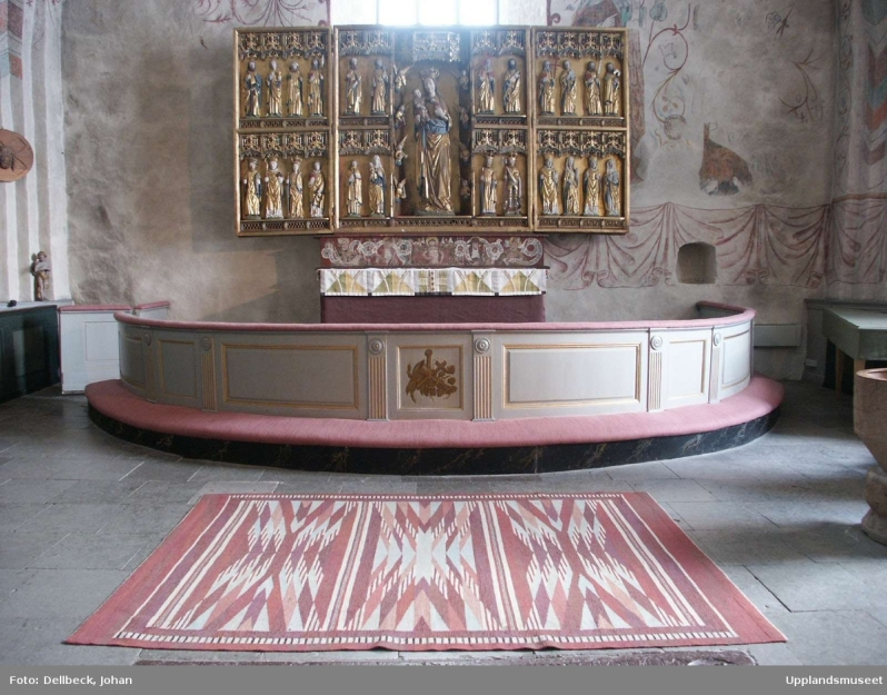 6. Altare, altarring och altarskåp i Litslena kyrka, Litslena socken, Uppland 2004 See BR sketches DIG007706
