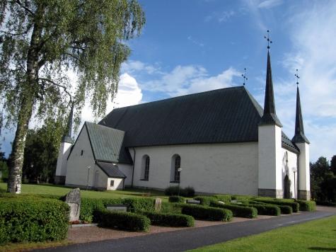 8a.Björklinge kyrka 2009 via KK Gert Ärnström photo