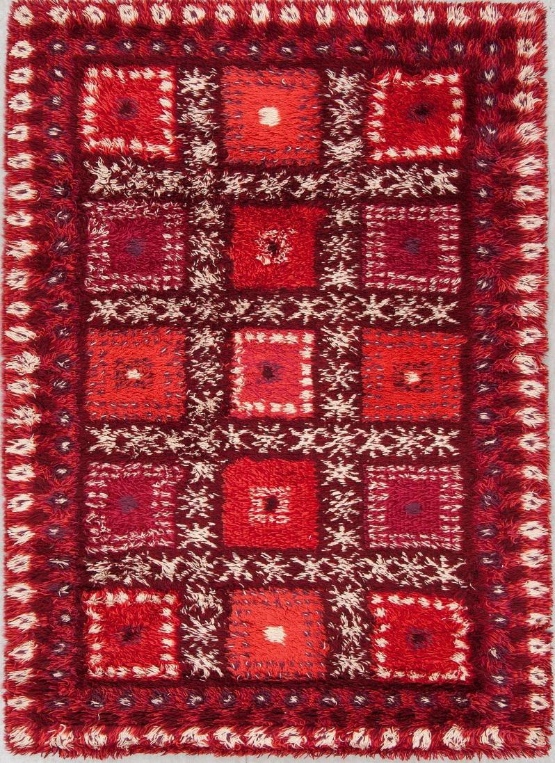 "14. ""Ulvåsa""Maskintillverkad rya, , ur ""Östergyllen""-serien, Marianne Richter, ca 200 X 137 cm. Buk 11-30-13"