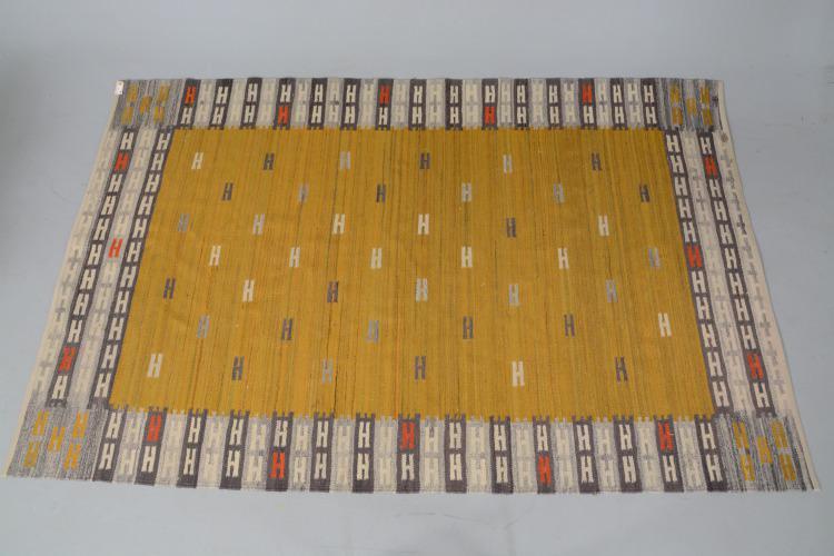9.Signerad, smärre bruksslitage, 240 x 158 cm 11 Feb 2018Gothenburgs Auktionskammere