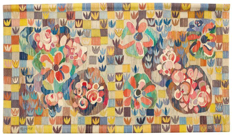 """11.BARBRO SPRINCHORN, """"Buketten"""", vävnad, AB Märta Måås Fjetterström, formgiven 1961, gobelängteknik, signerad AB MMF BS, 100 x 180 cm HISTORIK Detta mönster inköptes ä"""