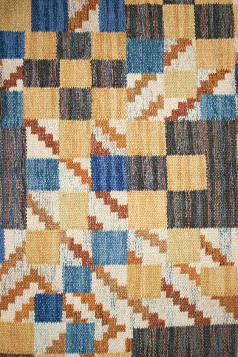 8c. Barbro Sprinchorn alternate domherre rug detail of weaving and color