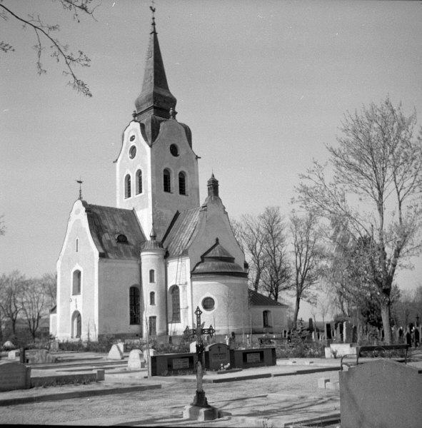 1.Ingrid Swartling Kulturmiljöbild, Riksantikvarieämbetet Söderala_kyrka_Wikimedia commons-_KMB_-_16000200039296