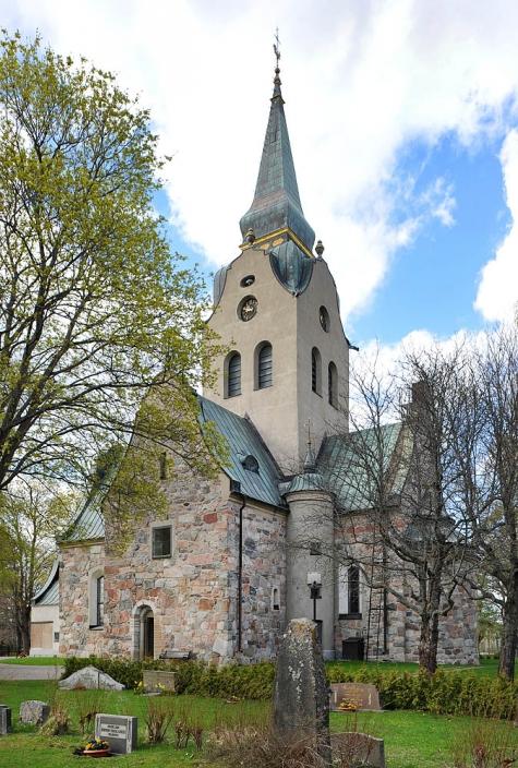 2.Söderala kyrka, 13 maj 2012. Foto- Åke Johansson.
