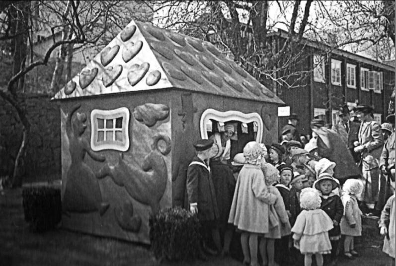 31Hansel and Gretel house 1923