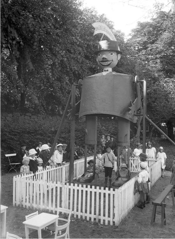 32 galosch Utstallningen 1923