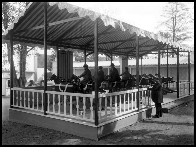33.02_galoppen children 1923 stadsmuseumarchive