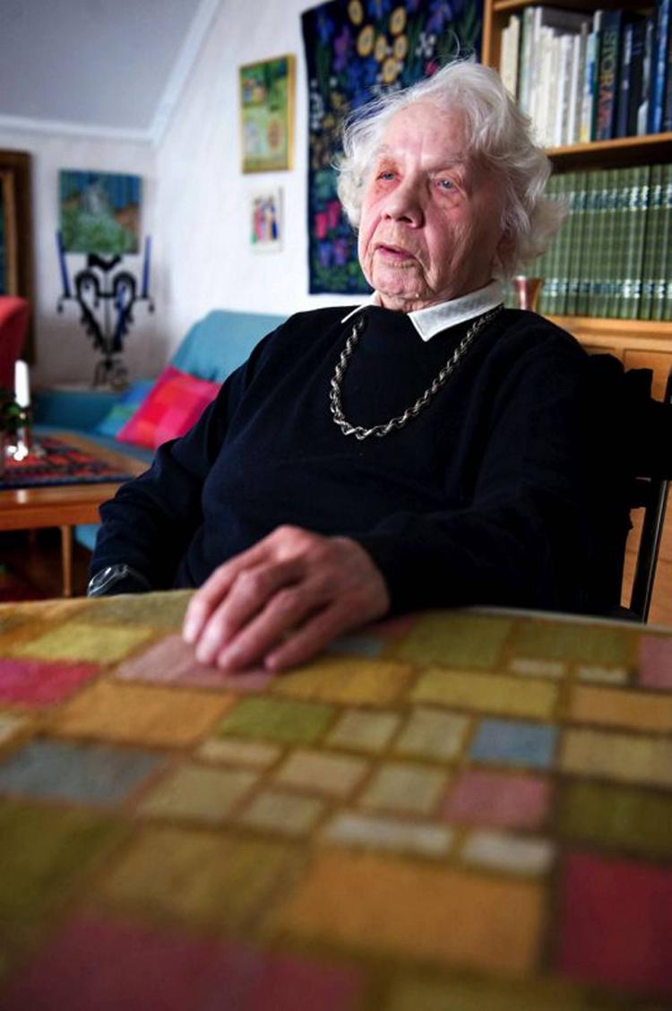 1.Anna Hadell at 105 from DAla Demokrat-- newspaper article