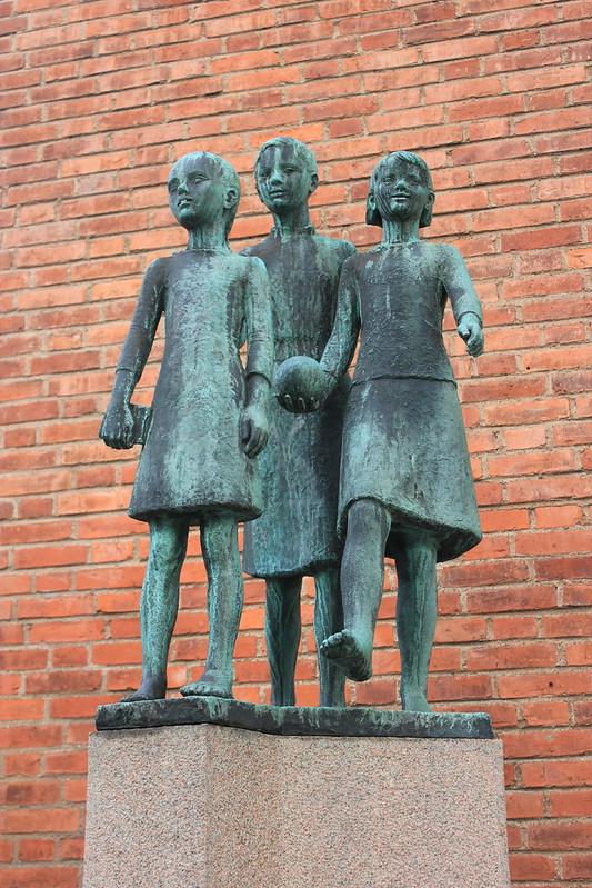 73Britta Nehrman Flickorna in Gothenburg from flickr