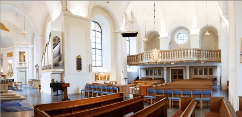 33Karlstads domkyrka Kurt von Schmalensee did glass dopfunt Screen Shot 2020-04-20 at 12.16.45 AM