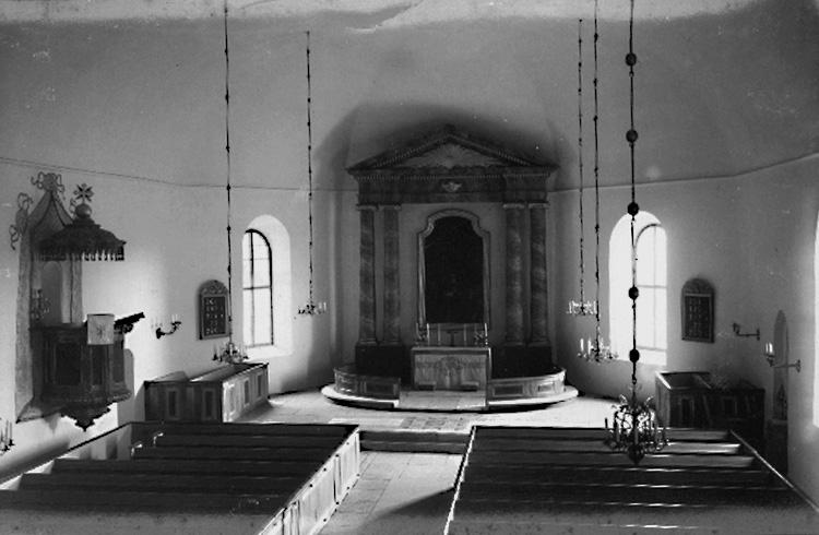 10. Askers kyrka taken for postcard foto by olof Lilljeqvists Konstf;rlagOLM-2003-25-812